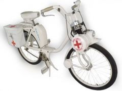 SOLEX-NURSES-MOPED